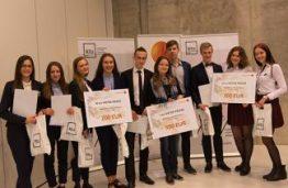 """Apdovanoti jaunųjų verslo ekspertų konkurso """"MEKA 2016"""" nugalėtojai"""