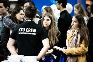 KTU studijos pristatytos mugėse Klaipėdoje, Kaune ir Vilniuje