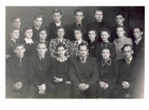 Kauno politechnikos instituto dramos studija, 1952 m. (Originalas – S. Dubinskaitės-Šablinskienės archyve)