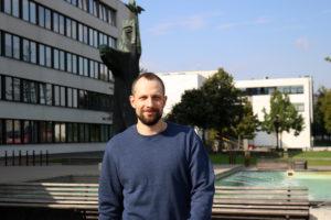 KTU matematikas ir žonglierius Mindaugas Bražėnas: Matematika – įdomi kelionė siauru keliuku kalno viršūnės link, kurios dar niekas nebuvo pasiekęs
